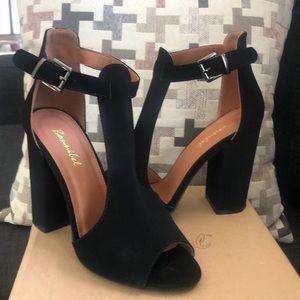 Women Delmar2 heels only worn 1x